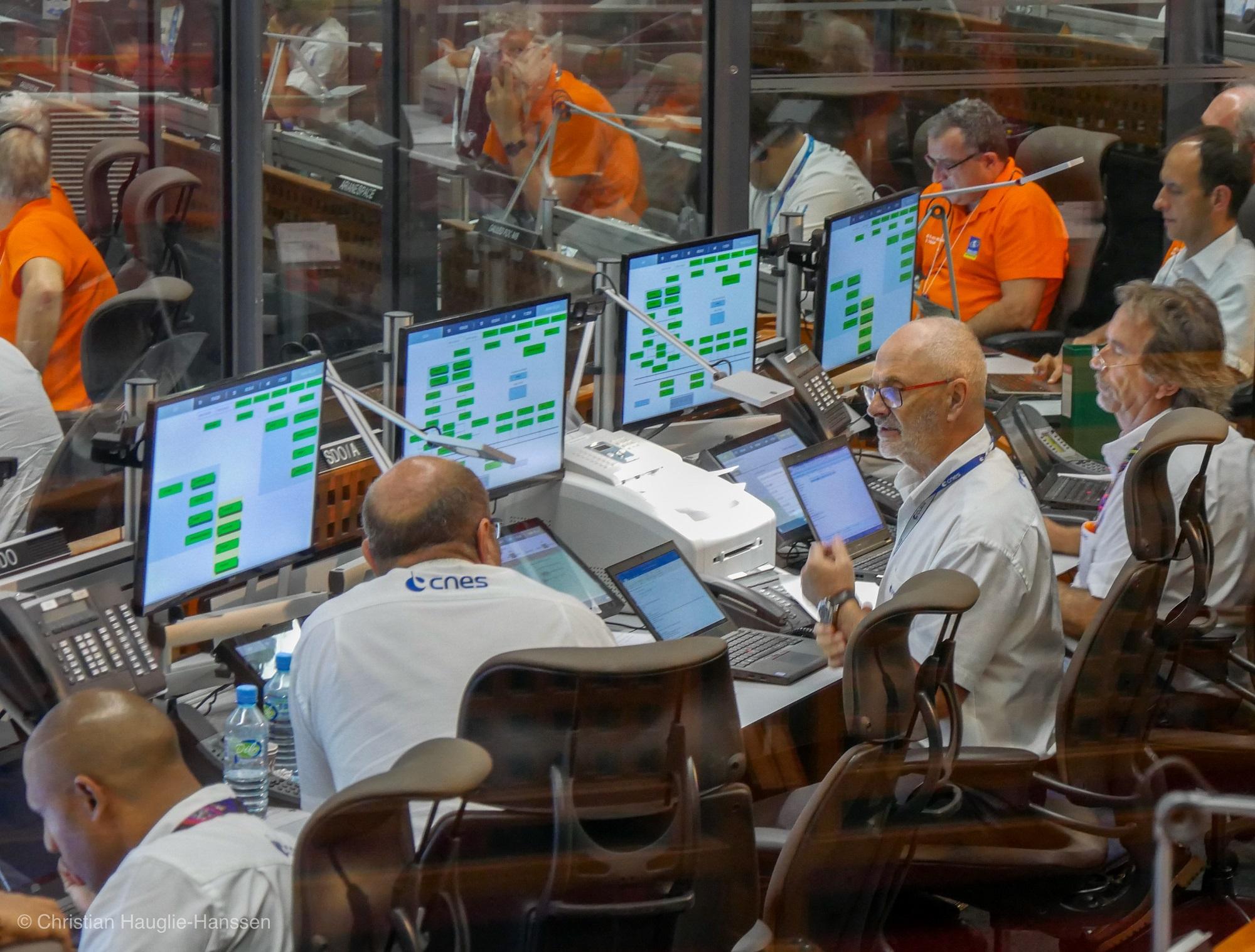 Fra kontrollrommet i Kourou under oppskyting av Galileo-satellitt nummer 23-26 den 25. juli 2018. Foto: Norsk Romsenter