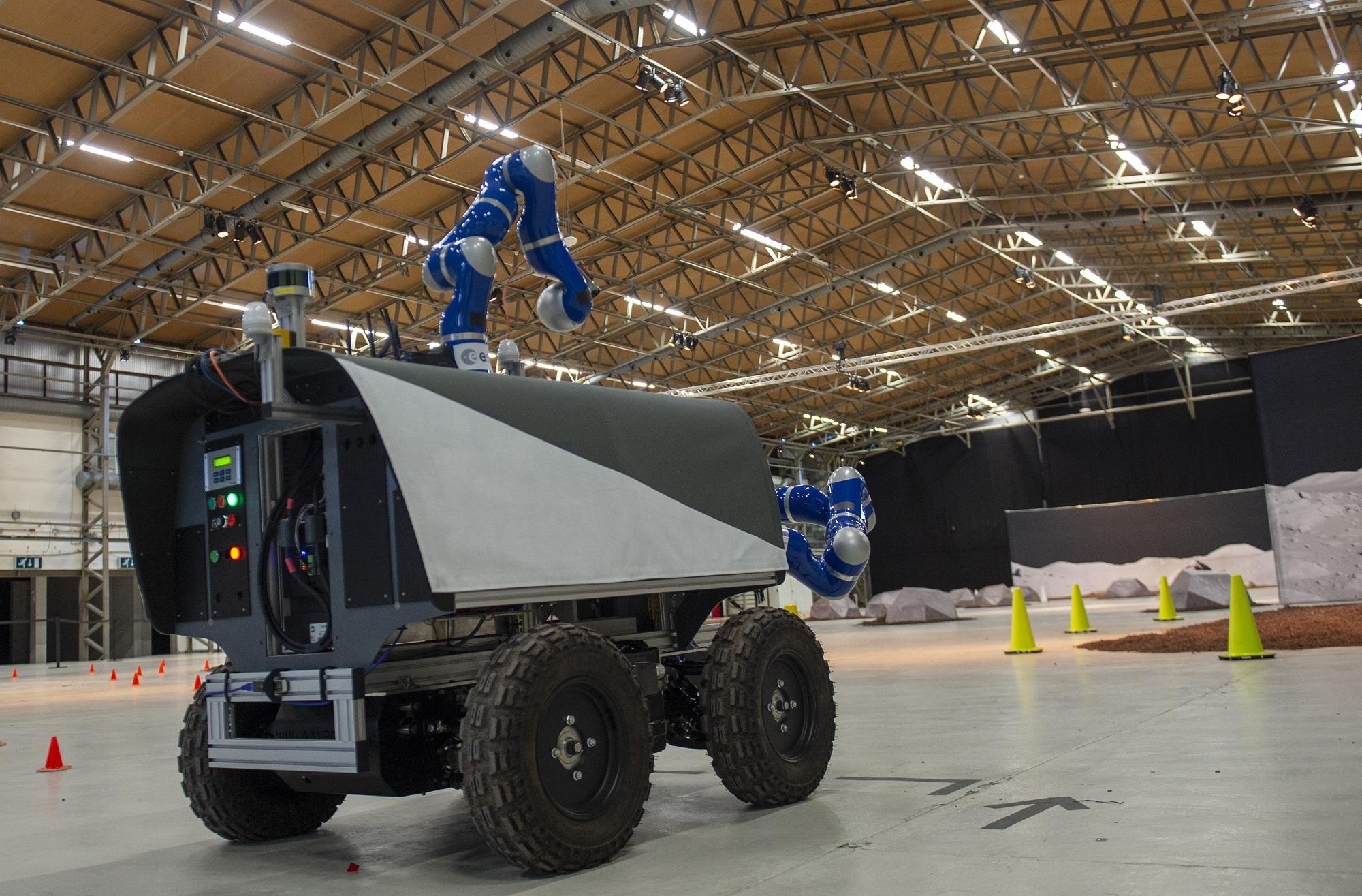 Analog-1 styres av astronauter på romstasjonen for å teste kontroll av roboter fra bane. Foto: ESA