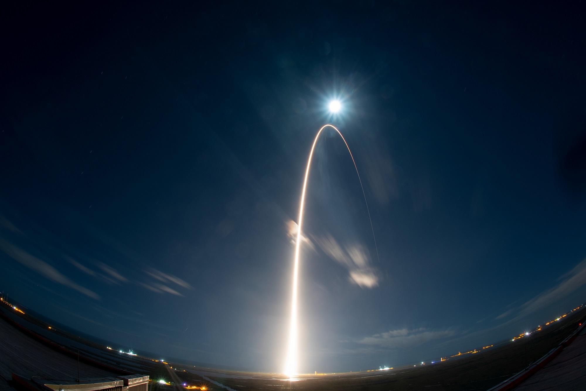 Solar Orbiter ble skutt opp 10. februar 2020 for å forske på sola. Foto: ESA/S. Corvaja