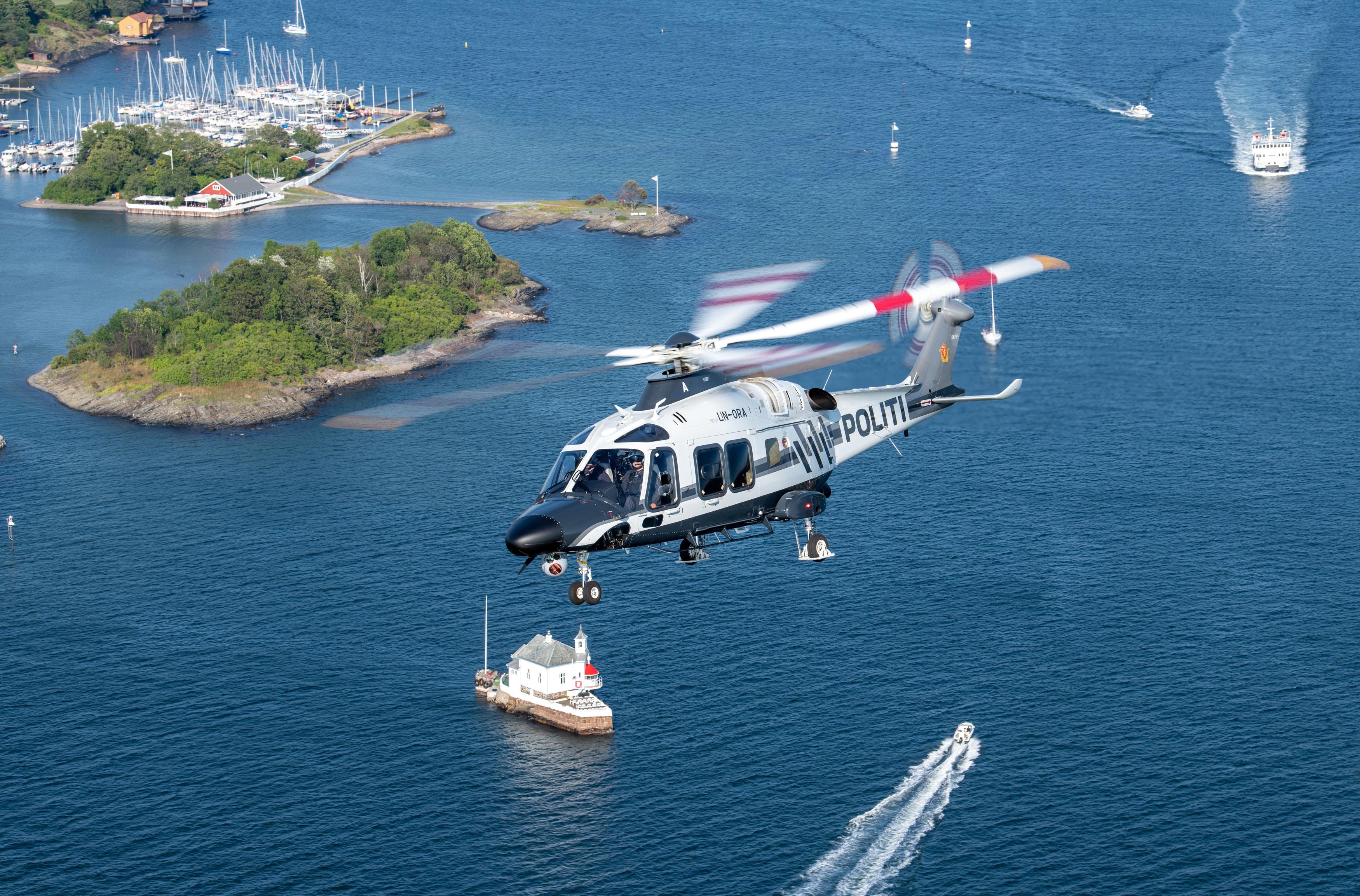 De norske politihelikoptrene bruker EGNOS ved innflyging. Foto: Politiet/Ned Dawson.
