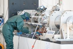 Forberedelse til testfyring av motoren til hybridraketten Nucleus. Foto: Nammo