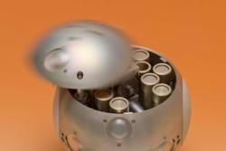Slik kan en kapsel for å hente prøver fra Mars se ut. Den har radiosender og laserreflektor for å finnes igjen etter landing på jorda. Foto: ESA/A. Le Floch