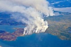 Kjempeskogbrann i Nord-Canada i 2014. Da brant mer enn 28 000 kvadratkilometer skog opp. Foto: NASA/P. Griffith