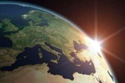 Europa sett fra rommet ved soloppgang. Grafikk: ESA