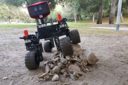 Mars-rover som kan bygges av deler fra butikken. Foto: NASA/JPL-Caltech