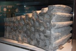 Månens regolitt kan brukes til å 3D printe bygningsblokker, murstein, utstyr og annet som astronauter trenger. Foto: ESA