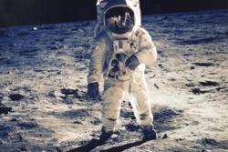 Buzz Aldrin under Apollo 11-ferden i 1969.