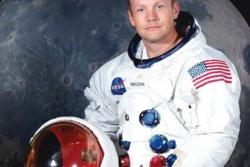 Neil Armstrong, det første mennesket som landet på månen. Foto: NASA