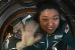 Soyeon Yi, Sør-Koreas astronaut, da hun var på romstasjonen i 2008. Foto: NASA