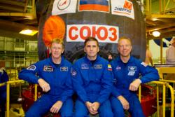 ESAs britiske astronaut, Tim Peake, skytes opp 15. desember 2015 sammen med astronaut Tim Kopra og kosmonaut Jurij Malentsjenko. Foto: ESA