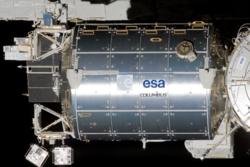 Det europeiske laboratoriet Columbus på romstasjonen. Foto: NASA/ESA