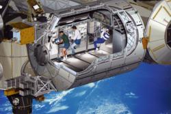 Innsiden av Columbus på romstasjonen. Illustrasjon: ESA/D. Ducros