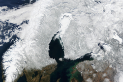 Skyer over Skandinavia. Foto: NASA.