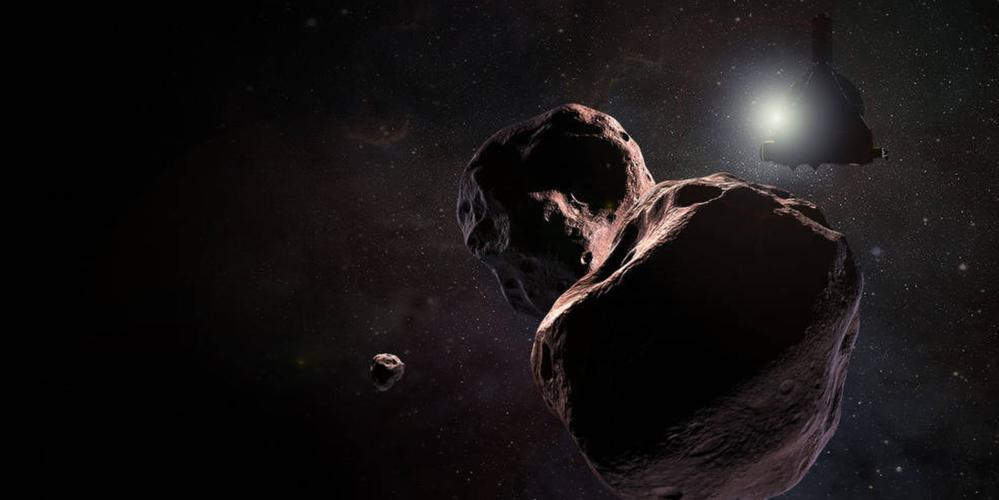 Romsonden New Horizons (øverst til høyre) ved himmellegemet Ultima Thule i Kuiperbeltet ytterst i solsystemet. Illustrasjon: NASA/Johns Hopkins Univ./Southwest Research Inst./S. Gribben