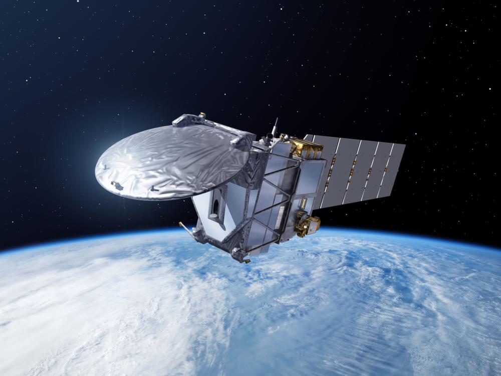 Den japansk-europeiske forskningssatellitten EarthCARE skal undersøke skyer, aerosoler og energibalansen i atmosfæren. Illustrasjon: ESA/P. Carril