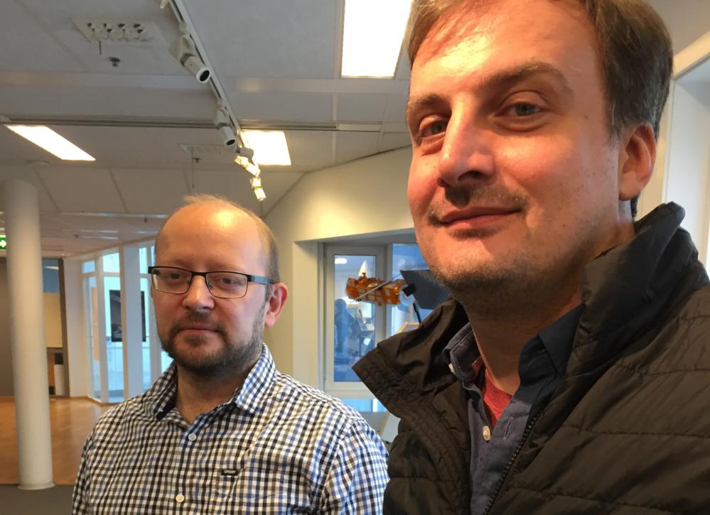 Yngvar Larsen (t.v.) med Petar Marinkovic som var med på 60 Minutes. Foto: Norsk Romsenter