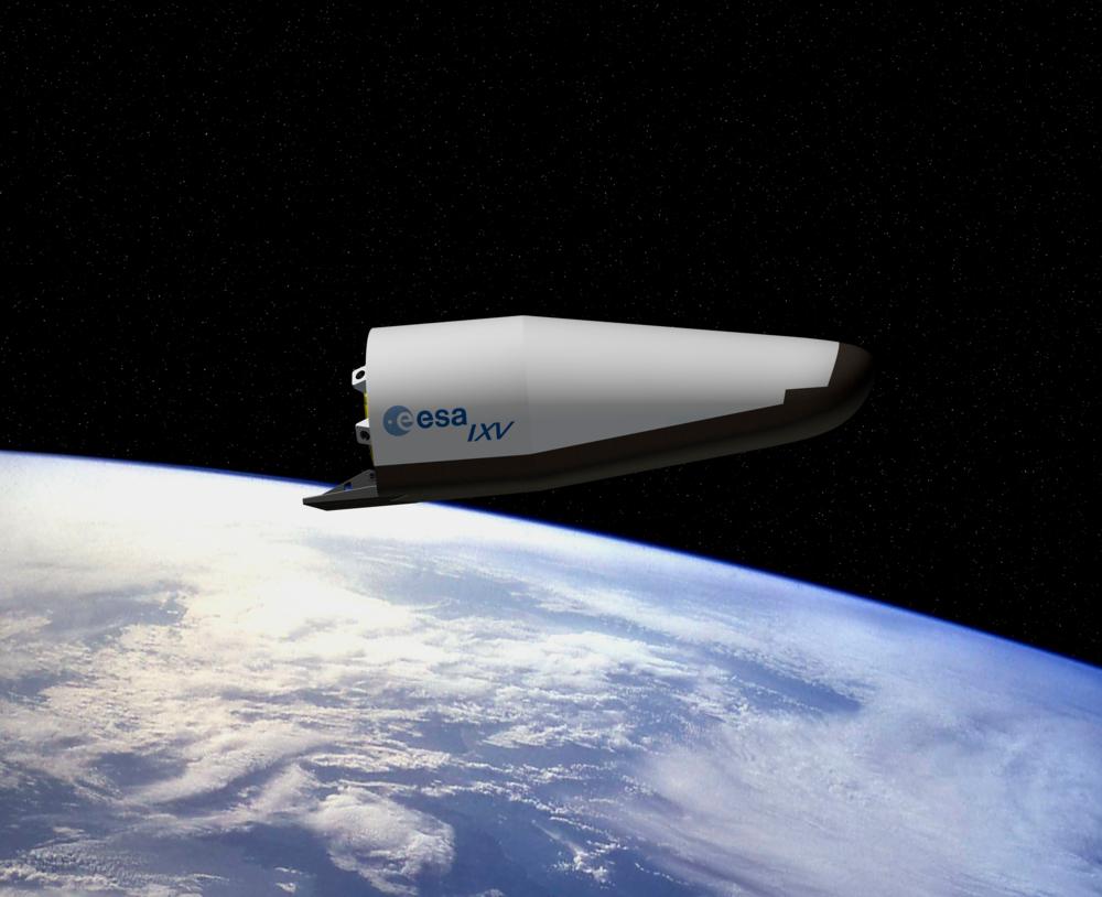 IXV, Intermediate eXperimental Vehicle, er prototypen på et nytt europeisk romfartøy som skal kunne brukes flere ganger. Grafikk: ESA/J: Huart