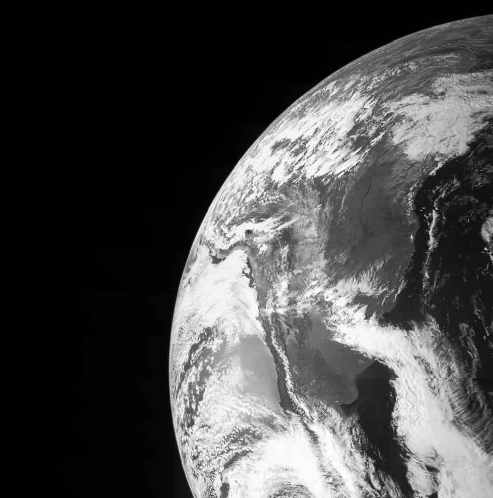 Jorda fotografert av Jupiter-sonden Juno under forbipassering i oktober 2013. Foto: NASA/JPL