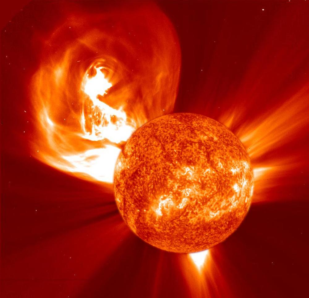 Utbrudd på sola. Foto: NASA