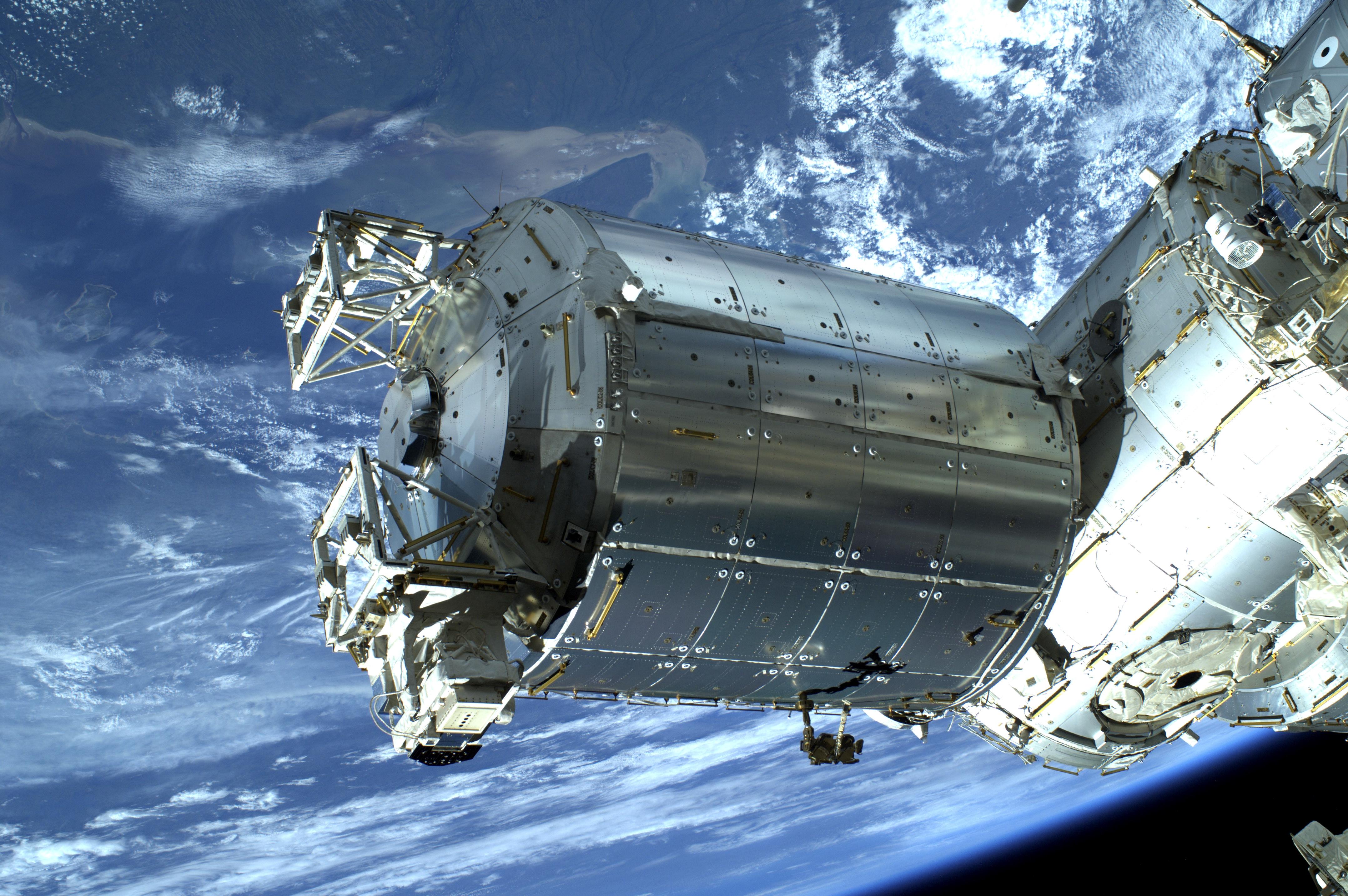 Columbus, det europeiske laboratoriet på den internasjonale romstasjonen, i juli 2013. Foto: ESA/NASA