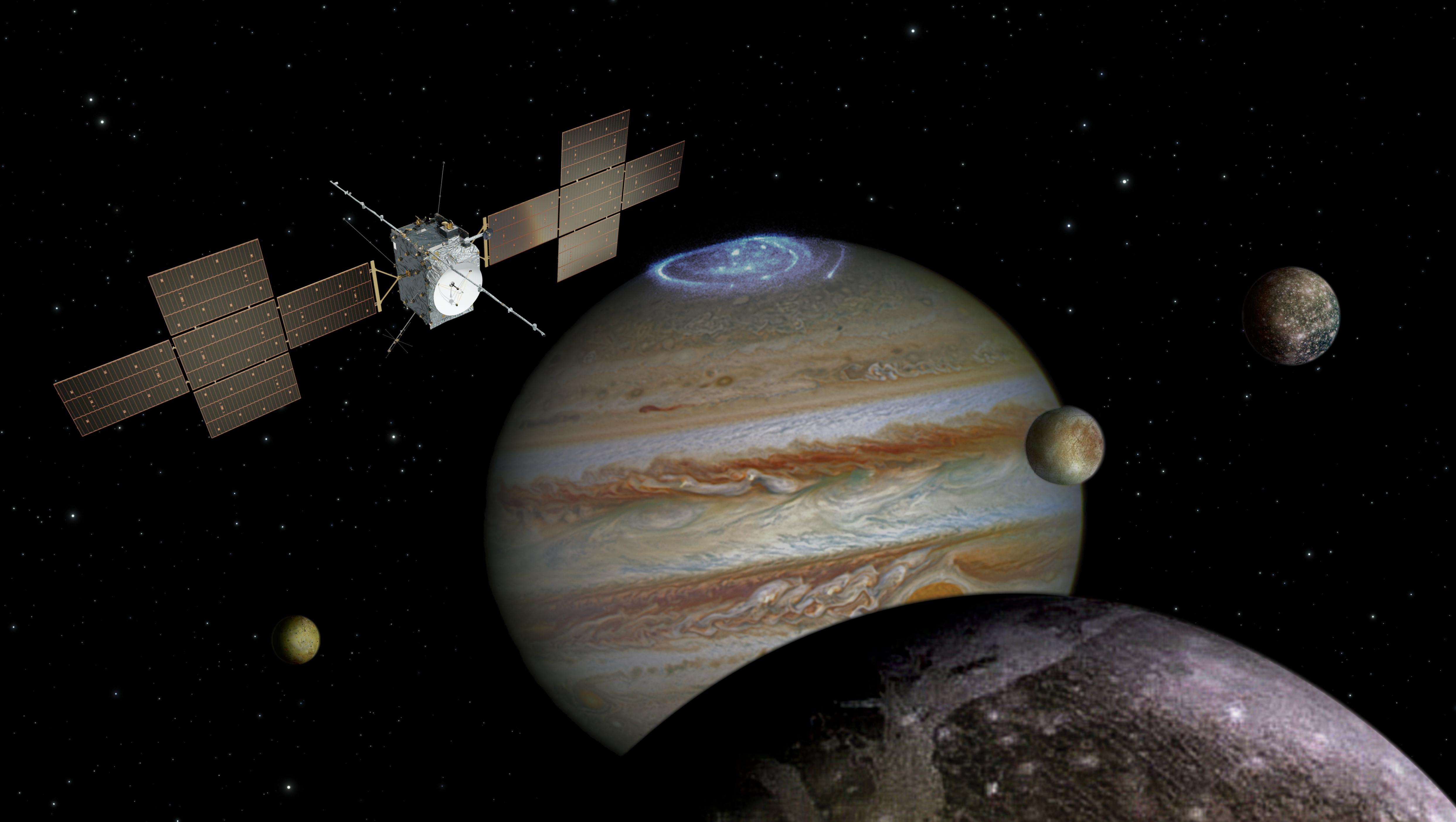 Juice med Jupiter (i bakgrunnen) og månene Ganymedes (i forgrunnen), Io (til venstre), Europa (midten) og Callisto (til høyre). Ikke i rett skala. Grafikk: ESA/ATG medialab/NASA/J. Nichols/JPL/University of Arizona/DLR
